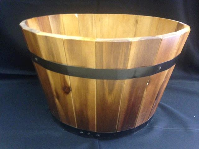 Where to find TUBS, WOODEN  11x18  LARGE in Kingsport