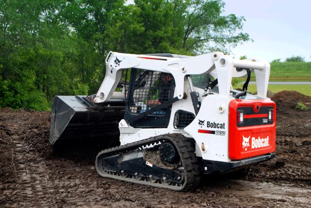 Where to find TRACK LOADER, T-650 BOBCAT, INCLOSED CAB in Kingsport