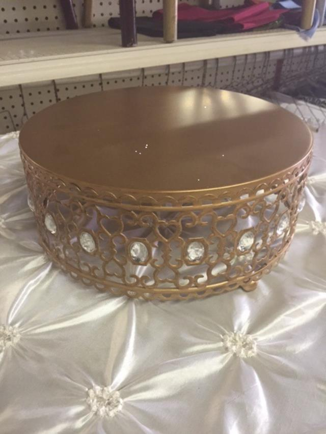 Where to find CAKE STAND,  8 X5    BRONZE  CRYSTAL in Kingsport
