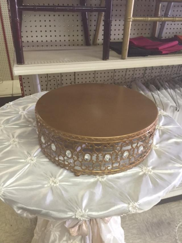 Where to find CAKE STAND 12 X5    BRONZE  CRYSTAL in Kingsport