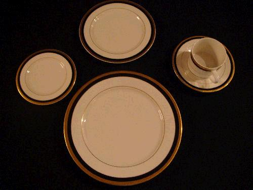 Where to find PLATE, B B  BLACK WITH GOLD TRIM in Kingsport
